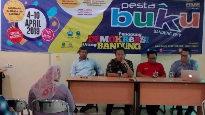 """Launching dan Pengundian Stan """"Pesta Buku Bandung"""""""